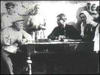 Допит куркуля  інспектором праці. 1929 р.